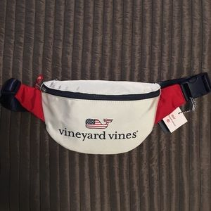 NWT Vineyard Vines fanny pack